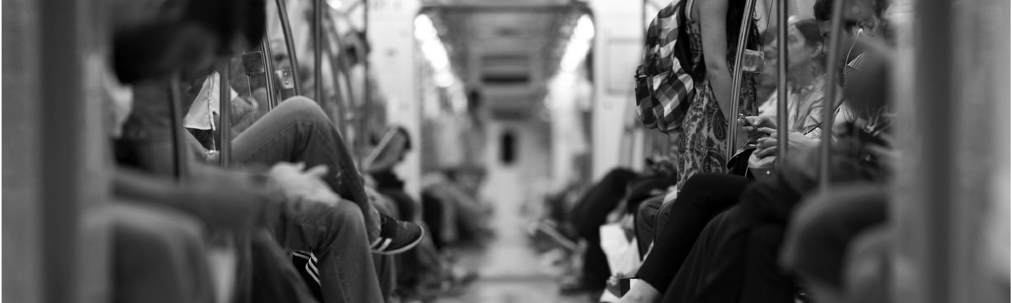 L'affichage au service de la prévention : la campagne contre le harcèlement sexuel dans les transports.
