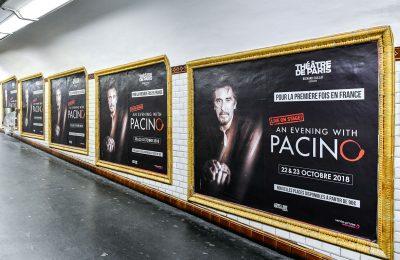 Affichage métro : couloir massif